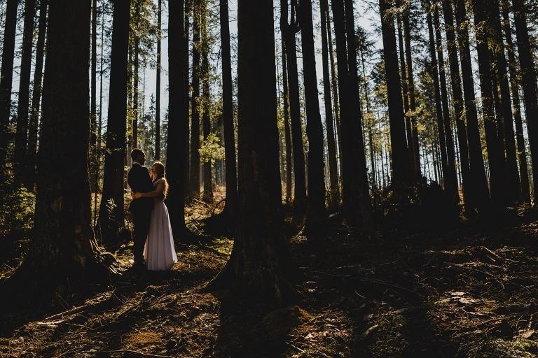 Natalia i Artur 385 krokusy, oryginalny plener ślubny, plener ślubny, sesja ślubna, sesja w tatrach