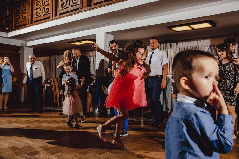 Aga i Artur Reportaż | Wiwenda | Bochnia - Połom Duży 825 oryginalny plener ślubny, Połom Duży, Sesja, sesja ślubna, sesja w szklarni, wedding session, wesele, Wiwenda, zdjęcia ślubne