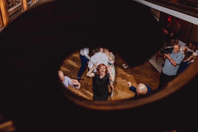 Aga i Artur Reportaż | Wiwenda | Bochnia - Połom Duży 829 oryginalny plener ślubny, Połom Duży, Sesja, sesja ślubna, sesja w szklarni, wedding session, wesele, Wiwenda, zdjęcia ślubne