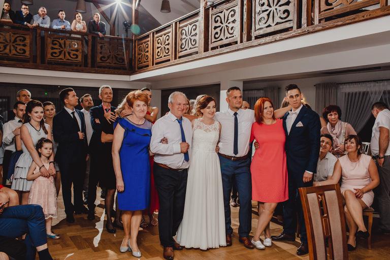 Aga i Artur Reportaż | Wiwenda | Bochnia - Połom Duży 845 oryginalny plener ślubny, Połom Duży, Sesja, sesja ślubna, sesja w szklarni, wedding session, wesele, Wiwenda, zdjęcia ślubne