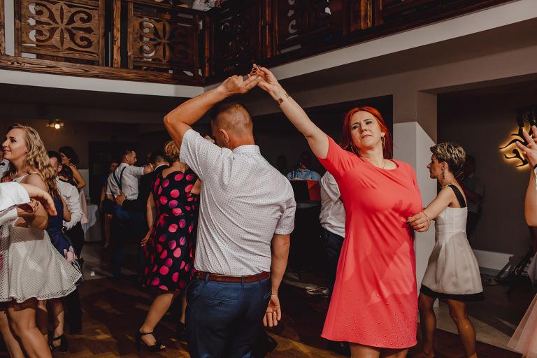 Aga i Artur Reportaż | Wiwenda | Bochnia - Połom Duży 849 oryginalny plener ślubny, Połom Duży, Sesja, sesja ślubna, sesja w szklarni, wedding session, wesele, Wiwenda, zdjęcia ślubne