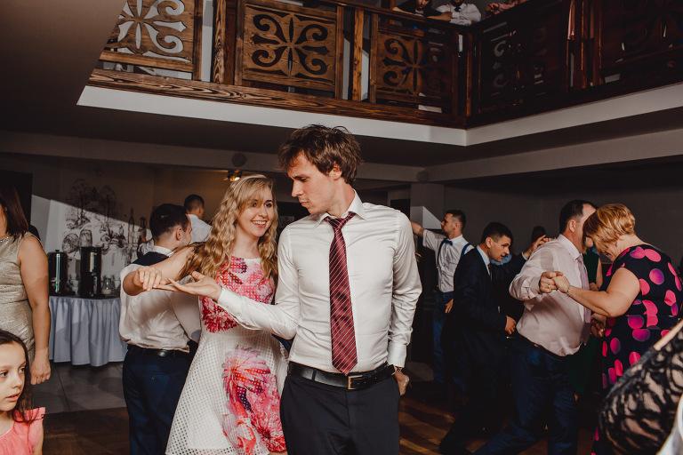 Aga i Artur Reportaż | Wiwenda | Bochnia - Połom Duży 851 oryginalny plener ślubny, Połom Duży, Sesja, sesja ślubna, sesja w szklarni, wedding session, wesele, Wiwenda, zdjęcia ślubne