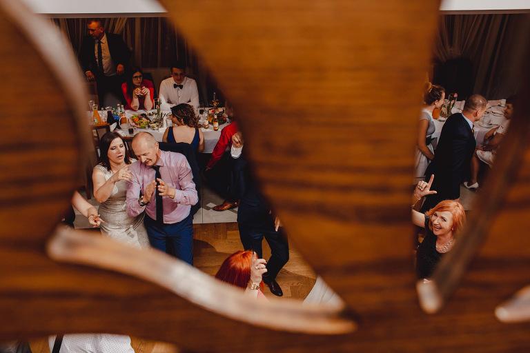 Aga i Artur Reportaż | Wiwenda | Bochnia - Połom Duży 857 oryginalny plener ślubny, Połom Duży, Sesja, sesja ślubna, sesja w szklarni, wedding session, wesele, Wiwenda, zdjęcia ślubne