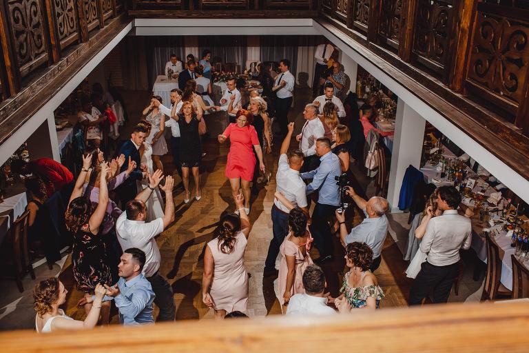 Aga i Artur Reportaż | Wiwenda | Bochnia - Połom Duży 859 oryginalny plener ślubny, Połom Duży, Sesja, sesja ślubna, sesja w szklarni, wedding session, wesele, Wiwenda, zdjęcia ślubne