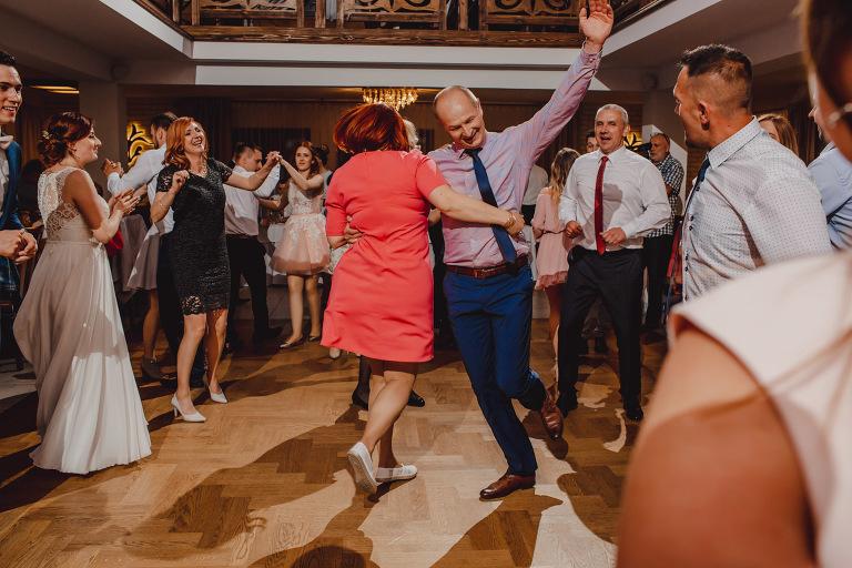 Aga i Artur Reportaż | Wiwenda | Bochnia - Połom Duży 861 oryginalny plener ślubny, Połom Duży, Sesja, sesja ślubna, sesja w szklarni, wedding session, wesele, Wiwenda, zdjęcia ślubne