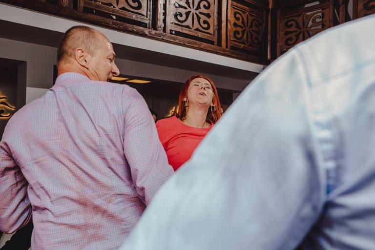 Aga i Artur Reportaż | Wiwenda | Bochnia - Połom Duży 863 oryginalny plener ślubny, Połom Duży, Sesja, sesja ślubna, sesja w szklarni, wedding session, wesele, Wiwenda, zdjęcia ślubne
