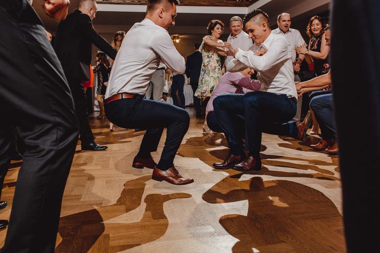 Aga i Artur Reportaż | Wiwenda | Bochnia - Połom Duży 869 oryginalny plener ślubny, Połom Duży, Sesja, sesja ślubna, sesja w szklarni, wedding session, wesele, Wiwenda, zdjęcia ślubne