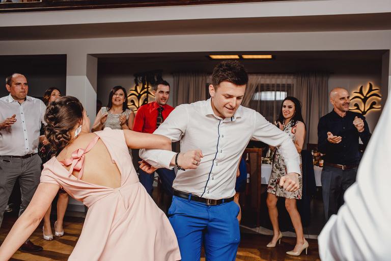 Aga i Artur Reportaż | Wiwenda | Bochnia - Połom Duży 871 oryginalny plener ślubny, Połom Duży, Sesja, sesja ślubna, sesja w szklarni, wedding session, wesele, Wiwenda, zdjęcia ślubne
