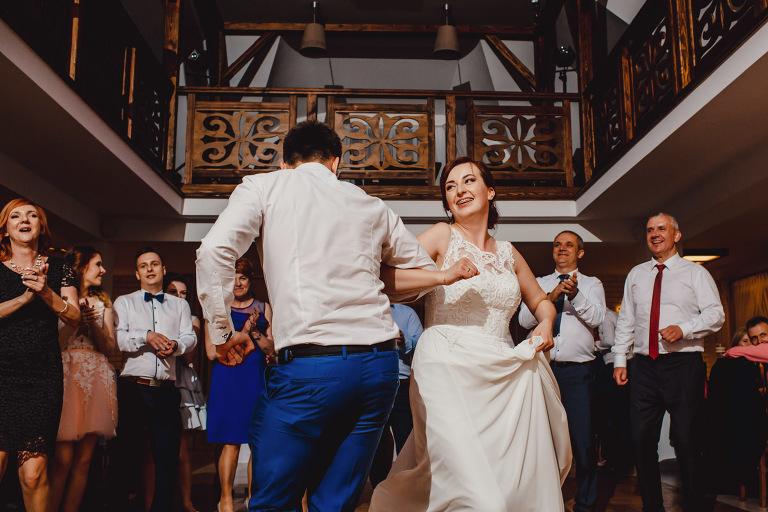 Aga i Artur Reportaż | Wiwenda | Bochnia - Połom Duży 873 oryginalny plener ślubny, Połom Duży, Sesja, sesja ślubna, sesja w szklarni, wedding session, wesele, Wiwenda, zdjęcia ślubne