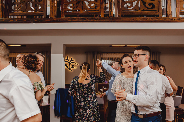 Aga i Artur Reportaż | Wiwenda | Bochnia - Połom Duży 901 oryginalny plener ślubny, Połom Duży, Sesja, sesja ślubna, sesja w szklarni, wedding session, wesele, Wiwenda, zdjęcia ślubne