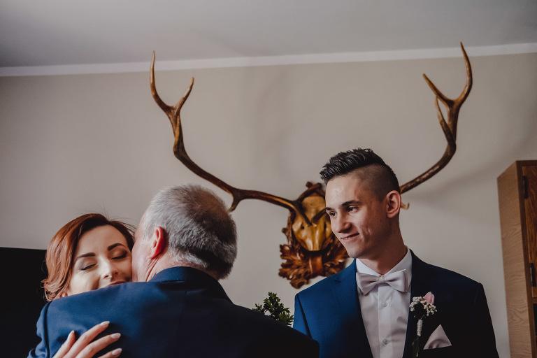Aga i Artur Reportaż | Wiwenda | Bochnia - Połom Duży 685 oryginalny plener ślubny, Połom Duży, Sesja, sesja ślubna, sesja w szklarni, wedding session, wesele, Wiwenda, zdjęcia ślubne