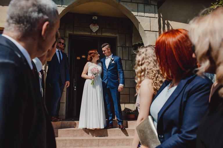 Aga i Artur Reportaż | Wiwenda | Bochnia - Połom Duży 697 oryginalny plener ślubny, Połom Duży, Sesja, sesja ślubna, sesja w szklarni, wedding session, wesele, Wiwenda, zdjęcia ślubne