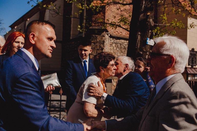 Aga i Artur Reportaż | Wiwenda | Bochnia - Połom Duży 705 oryginalny plener ślubny, Połom Duży, Sesja, sesja ślubna, sesja w szklarni, wedding session, wesele, Wiwenda, zdjęcia ślubne