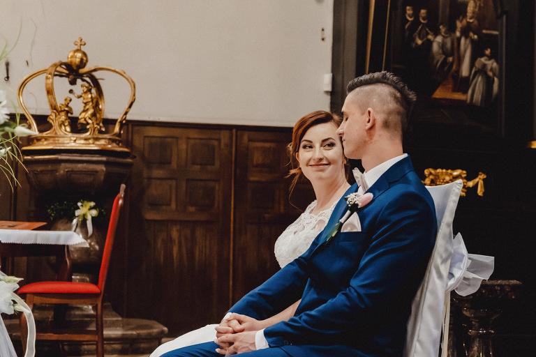 Aga i Artur Reportaż | Wiwenda | Bochnia - Połom Duży 725 oryginalny plener ślubny, Połom Duży, Sesja, sesja ślubna, sesja w szklarni, wedding session, wesele, Wiwenda, zdjęcia ślubne
