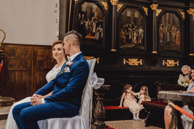 Aga i Artur Reportaż | Wiwenda | Bochnia - Połom Duży 727 oryginalny plener ślubny, Połom Duży, Sesja, sesja ślubna, sesja w szklarni, wedding session, wesele, Wiwenda, zdjęcia ślubne