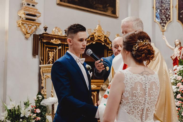 Aga i Artur Reportaż | Wiwenda | Bochnia - Połom Duży 737 oryginalny plener ślubny, Połom Duży, Sesja, sesja ślubna, sesja w szklarni, wedding session, wesele, Wiwenda, zdjęcia ślubne