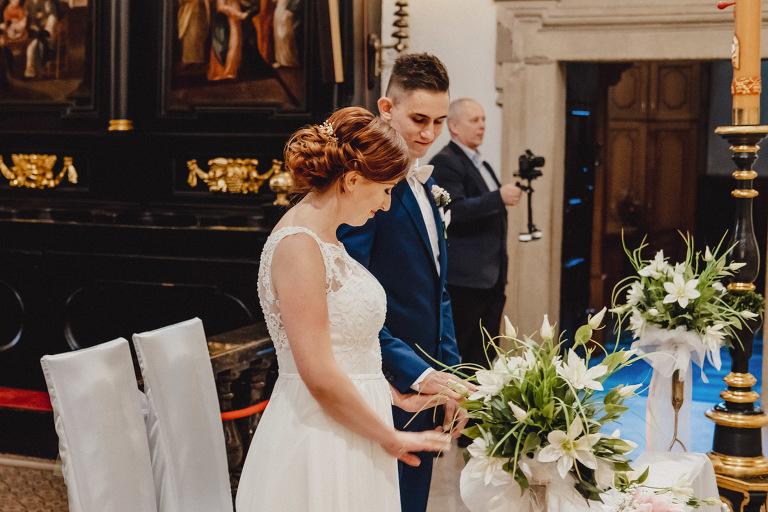 Aga i Artur Reportaż | Wiwenda | Bochnia - Połom Duży 745 oryginalny plener ślubny, Połom Duży, Sesja, sesja ślubna, sesja w szklarni, wedding session, wesele, Wiwenda, zdjęcia ślubne