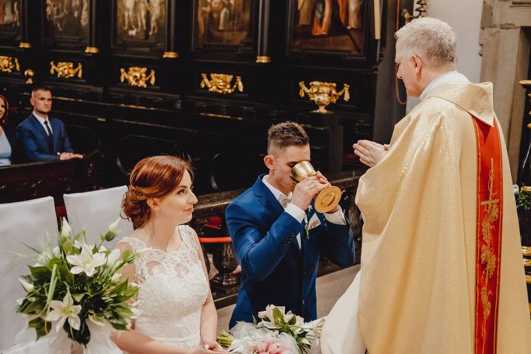 Aga i Artur Reportaż | Wiwenda | Bochnia - Połom Duży 751 oryginalny plener ślubny, Połom Duży, Sesja, sesja ślubna, sesja w szklarni, wedding session, wesele, Wiwenda, zdjęcia ślubne