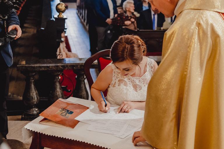 Aga i Artur Reportaż | Wiwenda | Bochnia - Połom Duży 757 oryginalny plener ślubny, Połom Duży, Sesja, sesja ślubna, sesja w szklarni, wedding session, wesele, Wiwenda, zdjęcia ślubne