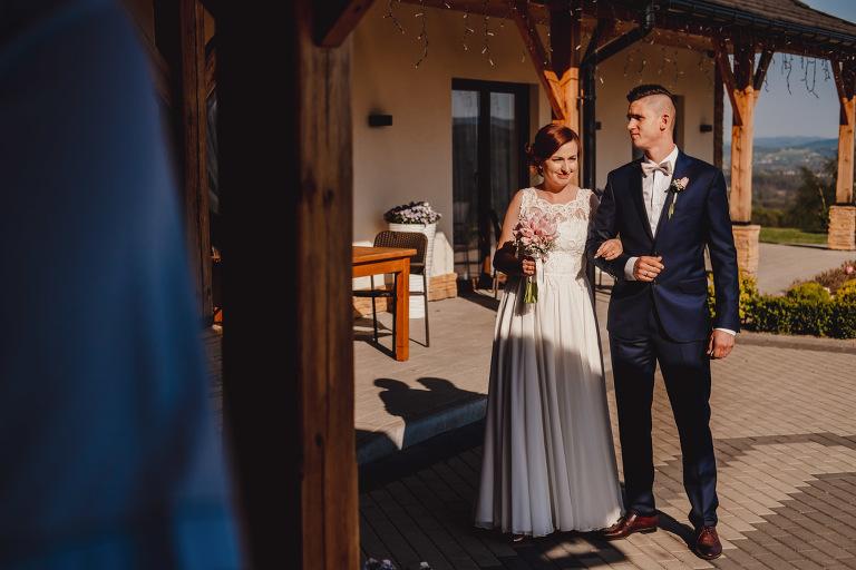Aga i Artur Reportaż | Wiwenda | Bochnia - Połom Duży 781 oryginalny plener ślubny, Połom Duży, Sesja, sesja ślubna, sesja w szklarni, wedding session, wesele, Wiwenda, zdjęcia ślubne