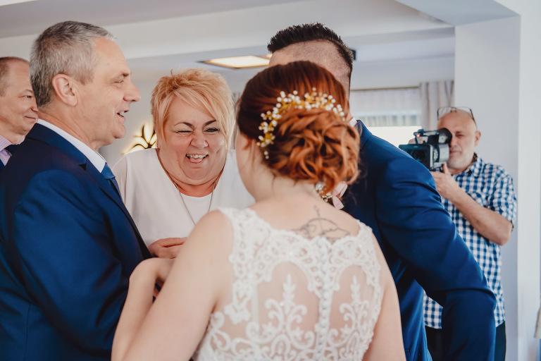 Aga i Artur Reportaż | Wiwenda | Bochnia - Połom Duży 791 oryginalny plener ślubny, Połom Duży, Sesja, sesja ślubna, sesja w szklarni, wedding session, wesele, Wiwenda, zdjęcia ślubne