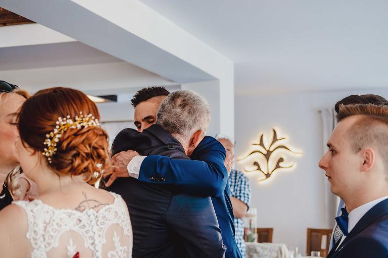 Aga i Artur Reportaż | Wiwenda | Bochnia - Połom Duży 795 oryginalny plener ślubny, Połom Duży, Sesja, sesja ślubna, sesja w szklarni, wedding session, wesele, Wiwenda, zdjęcia ślubne