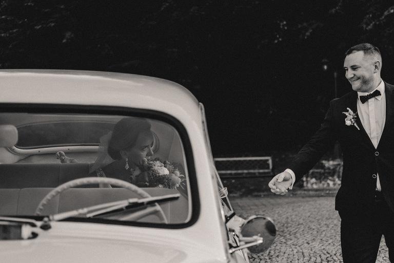 Maria i Michael - Reportaż Ślubny w Pałacu Minoga - Ślub Polsko - Angielski 143 fotograf ślubny Kraków, Fotograf śluby Warszawa, fotografia ślubna bochnia, fotografia ślubna kraków, oryginalny plener ślubny, Pałac Minoga, Pałac za Krakowem, plener ślubny, Ślub Polsko - Angielski, wedding session, wesele, Wesele za Krakowem, zdjęcia ślubne
