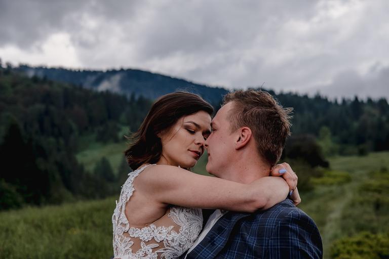 Ania i Adam | Kiedy w górach pada deszcz | Sesja ślubna 35