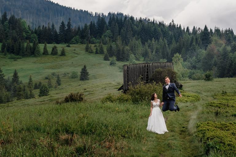 Ania i Adam | Kiedy w górach pada deszcz | Sesja ślubna 37