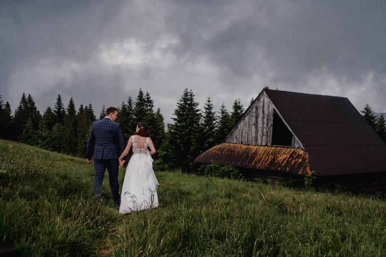 Ania i Adam | Kiedy w górach pada deszcz | Sesja ślubna 43