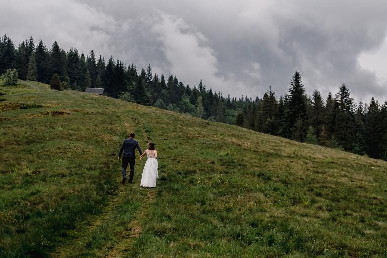 Ania i Adam | Kiedy w górach pada deszcz | Sesja ślubna 53