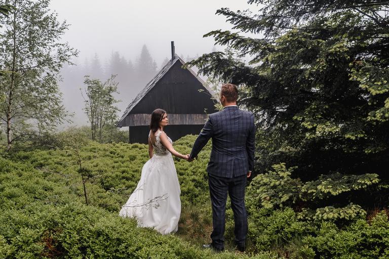 Ania i Adam | Kiedy w górach pada deszcz | Sesja ślubna 89